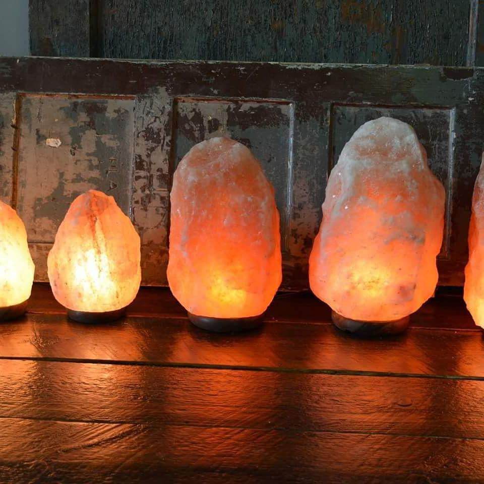 Himalayan salt lamp XL (10kg - 12kg) - AtlantisIreland - Giftware Clothing Jewellery Holistic ...
